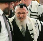 Rabbi_Scheinberg_at_a_Bris_Mila